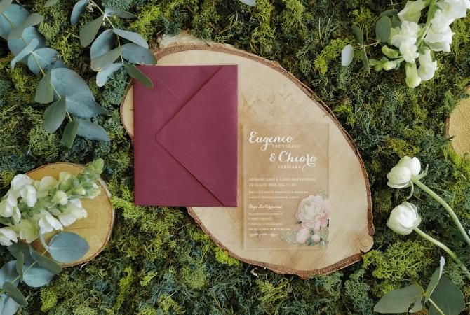 Wedding Invitation Flowers in a Plexi